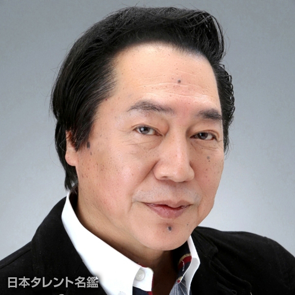 尾崎 麿基