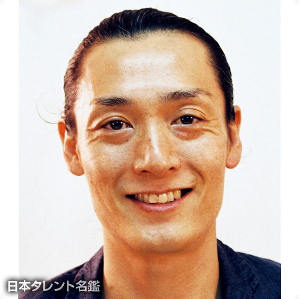 石川 治雄