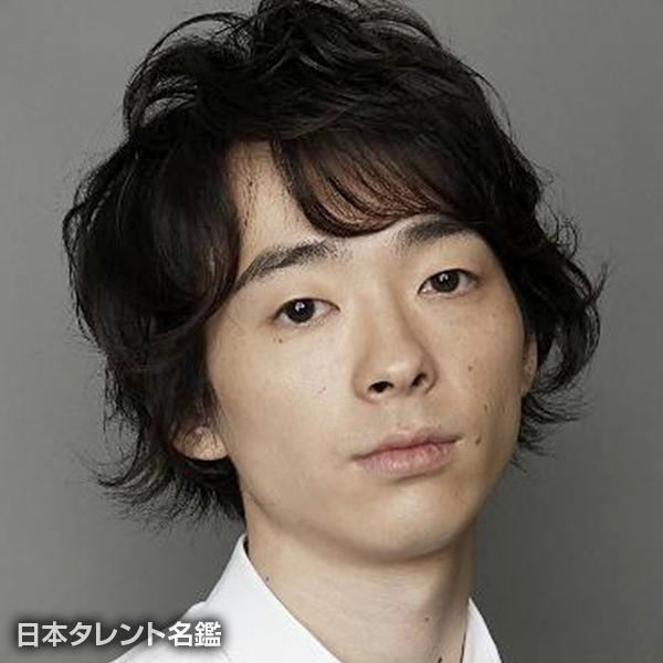 ワタナベ ケイスケ