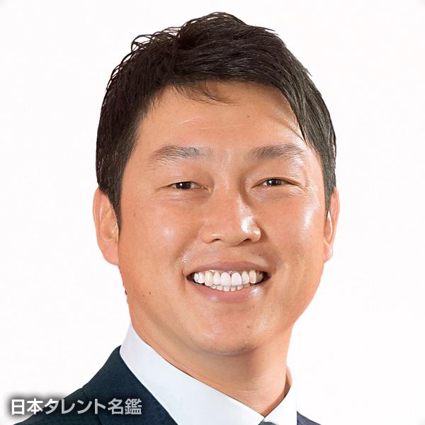 新井 貴浩