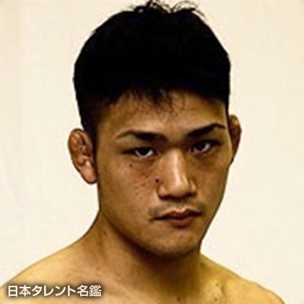 太田 駿平
