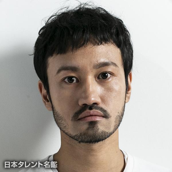 山田 篤史
