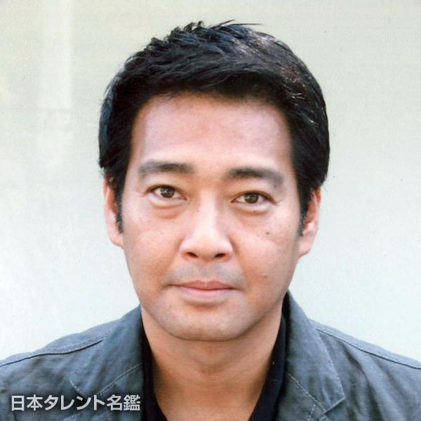 青島 健介