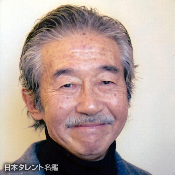 松岡 文雄