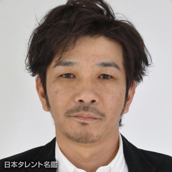 咲野 俊介