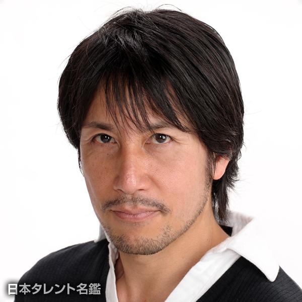 山田 アキラ
