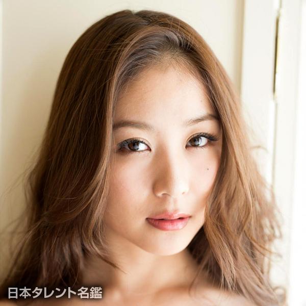 西田 麻衣