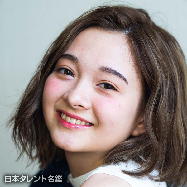 金田 リサ