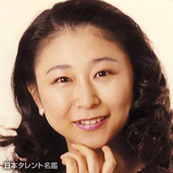 小林 優子